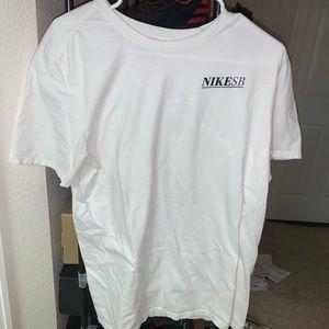 Nike Sb Shirt Size Large